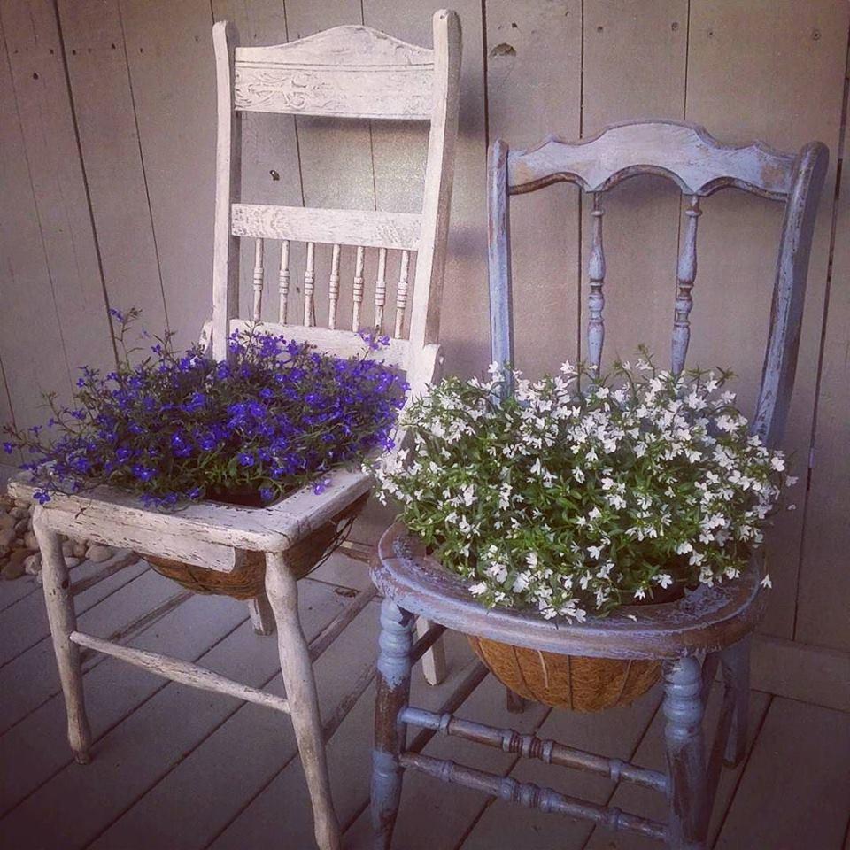 Dipingere Sedie Di Legno riciclo creativo: come evitare di buttare le vecchie sedie