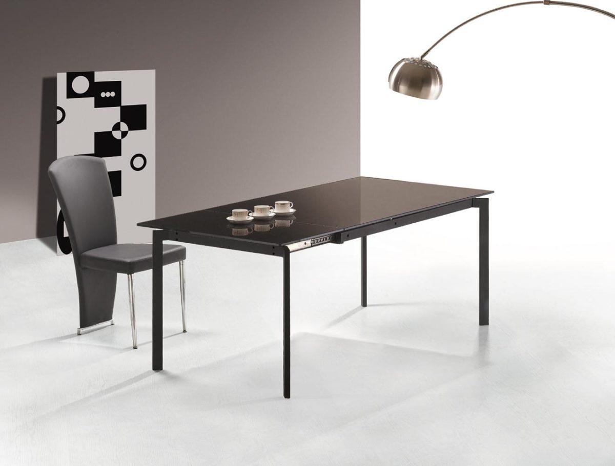Come arredare sala da pranzo moderna idee for Lampada moderna sala pranzo