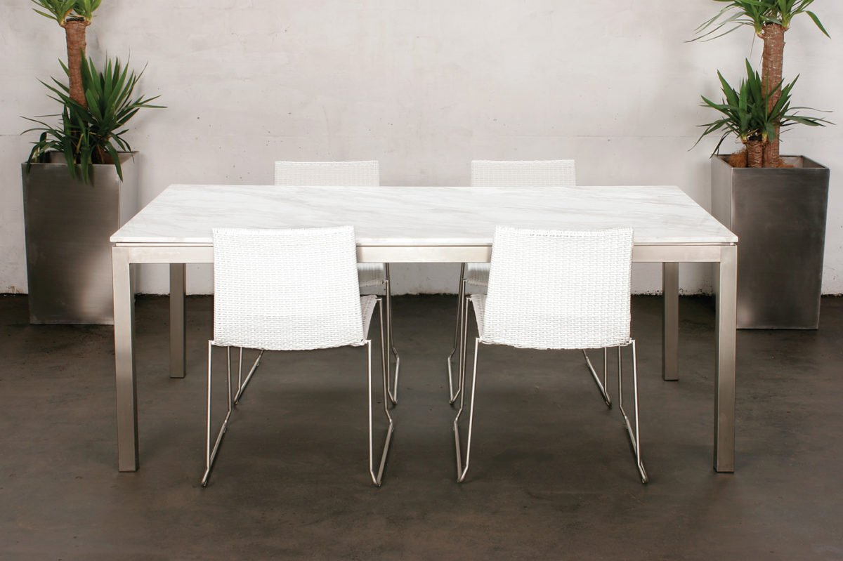 sala-pranzo-moderna-marmo-2