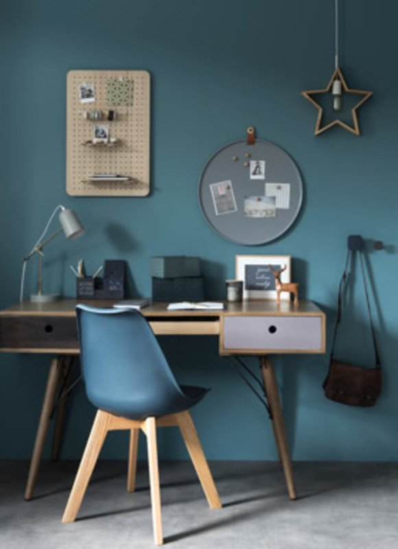 maisons-du-monde-autunno-inverno-cosy-blu-tavolo-sedie-scrivania-ufficio-casa