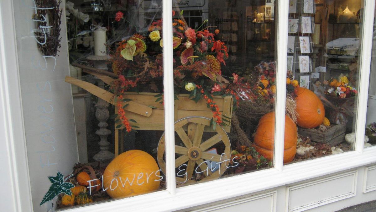 vetrina-halloween-fiorista