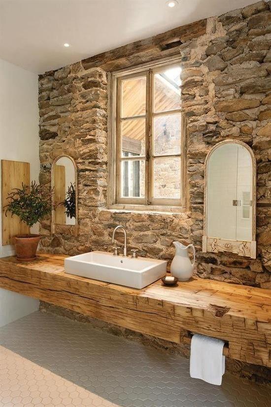 arredo-stile-medioevale-bagno-moderno