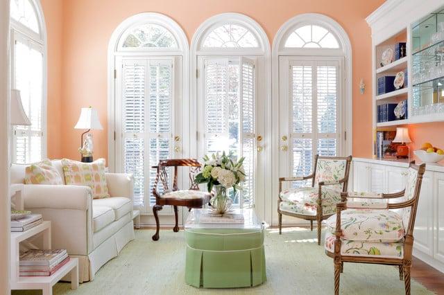 colore-pesca-soggiorno