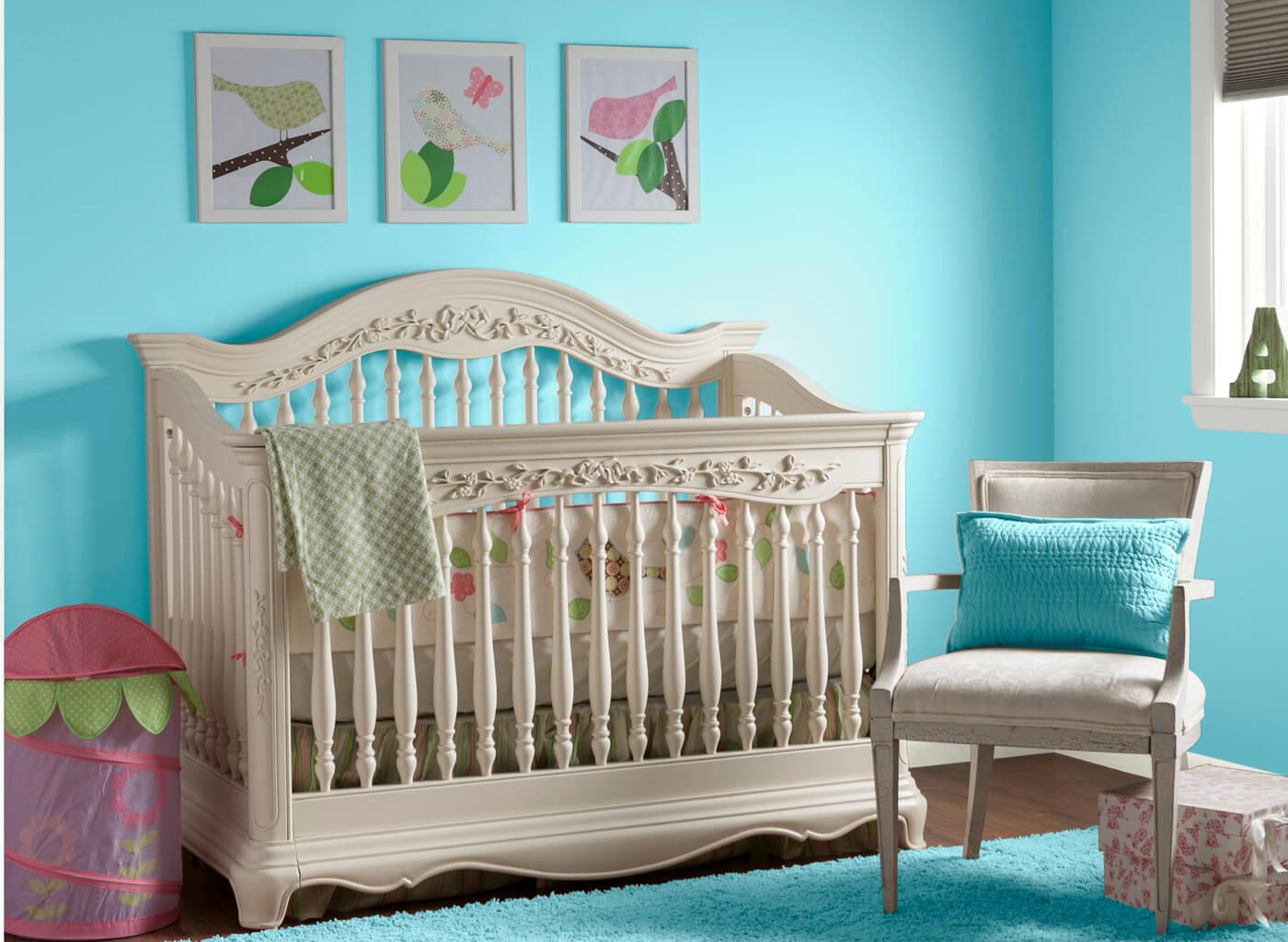colore-turchese-cameretta-neonato