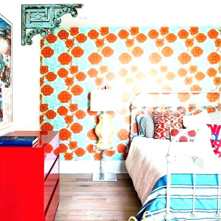 living-coral-pantone-14