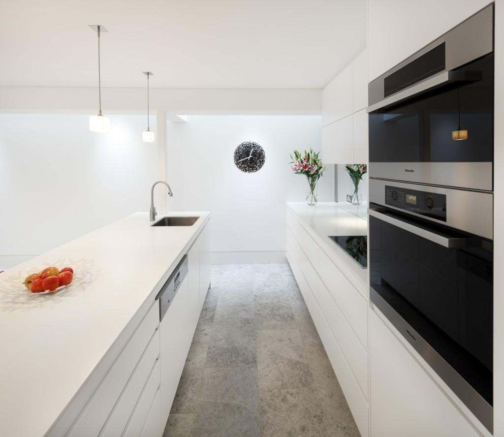armadio-senza-maniglie-cucina