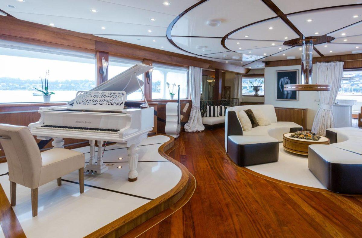luxury-yachting-2