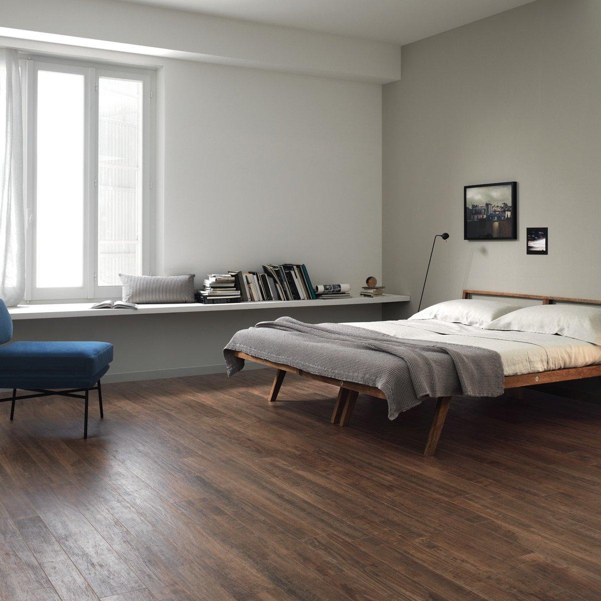 pavimento-noce-camera-letto