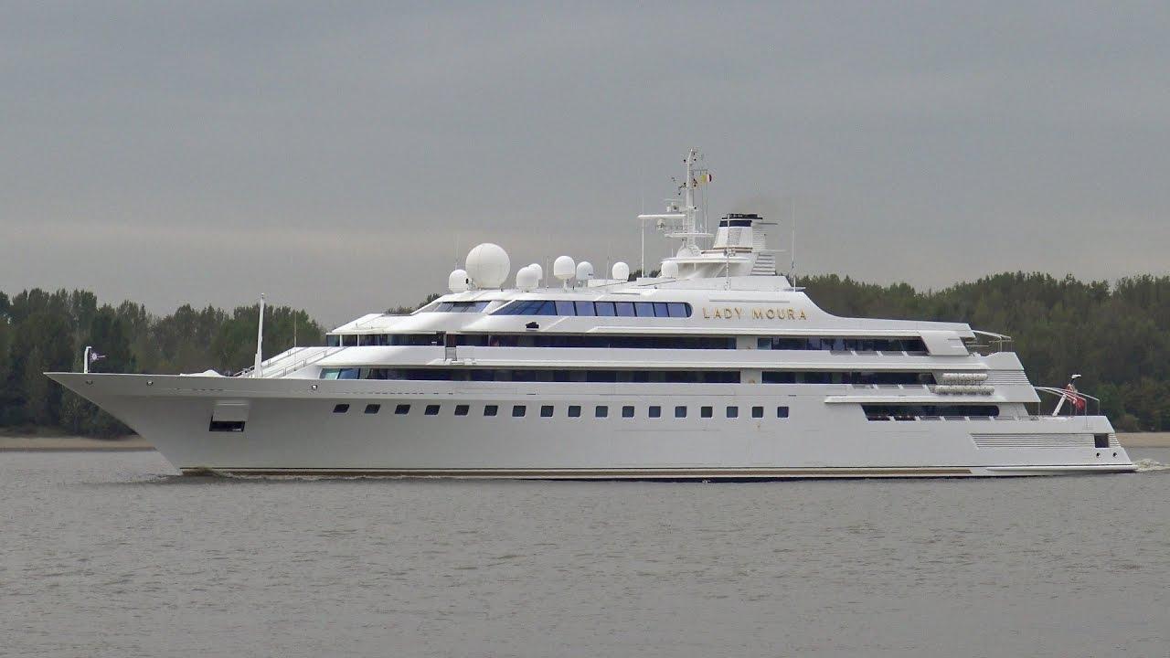 yacht-lady-moura