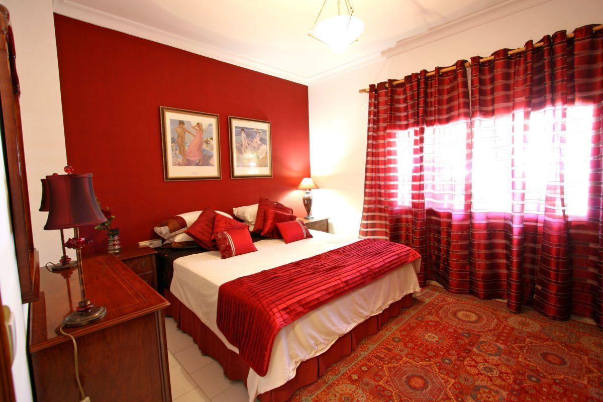 color-rosso-ferrari-camera-letto