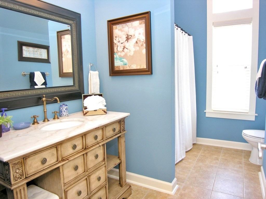 periwinkle bathroom ideas 7 Small Bathroom Design Ideas