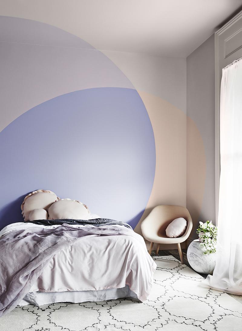 colore-pervinca-camera-letto-2