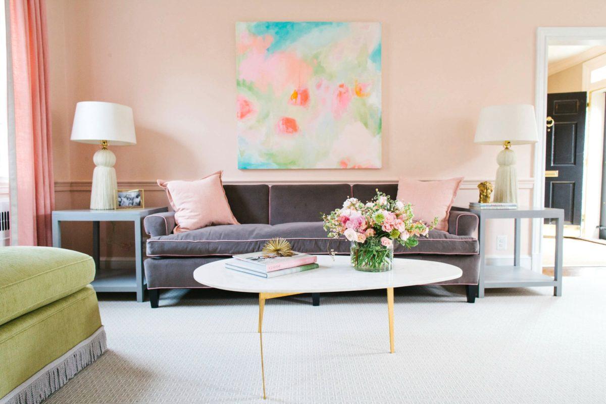 colore-baby-rosa-salotto