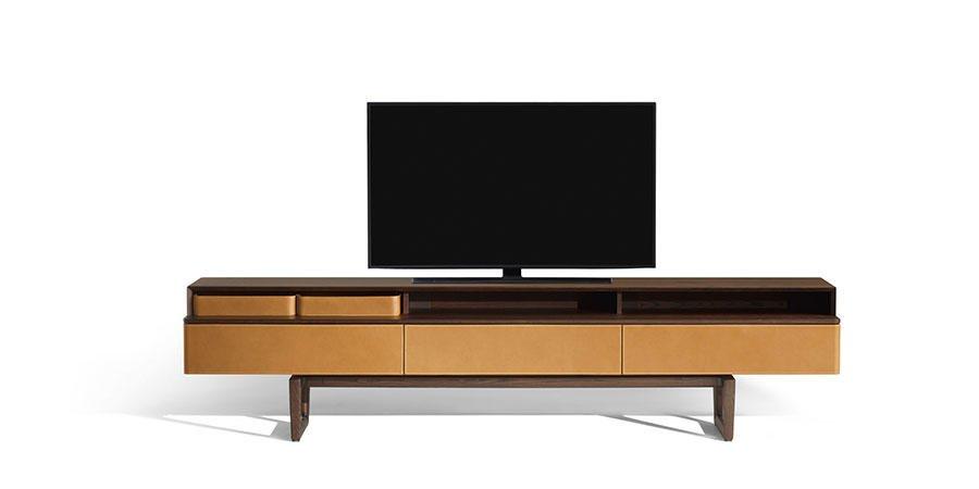multimedia-fidelio-cabinet-frau