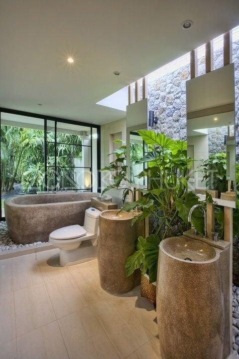 bagno-stile-tropicale-piante