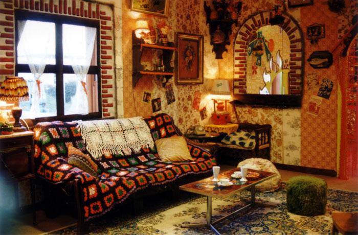 stile-kitsch-soggiorno