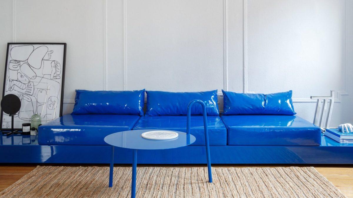 color-blu-elettrico-soggiorno