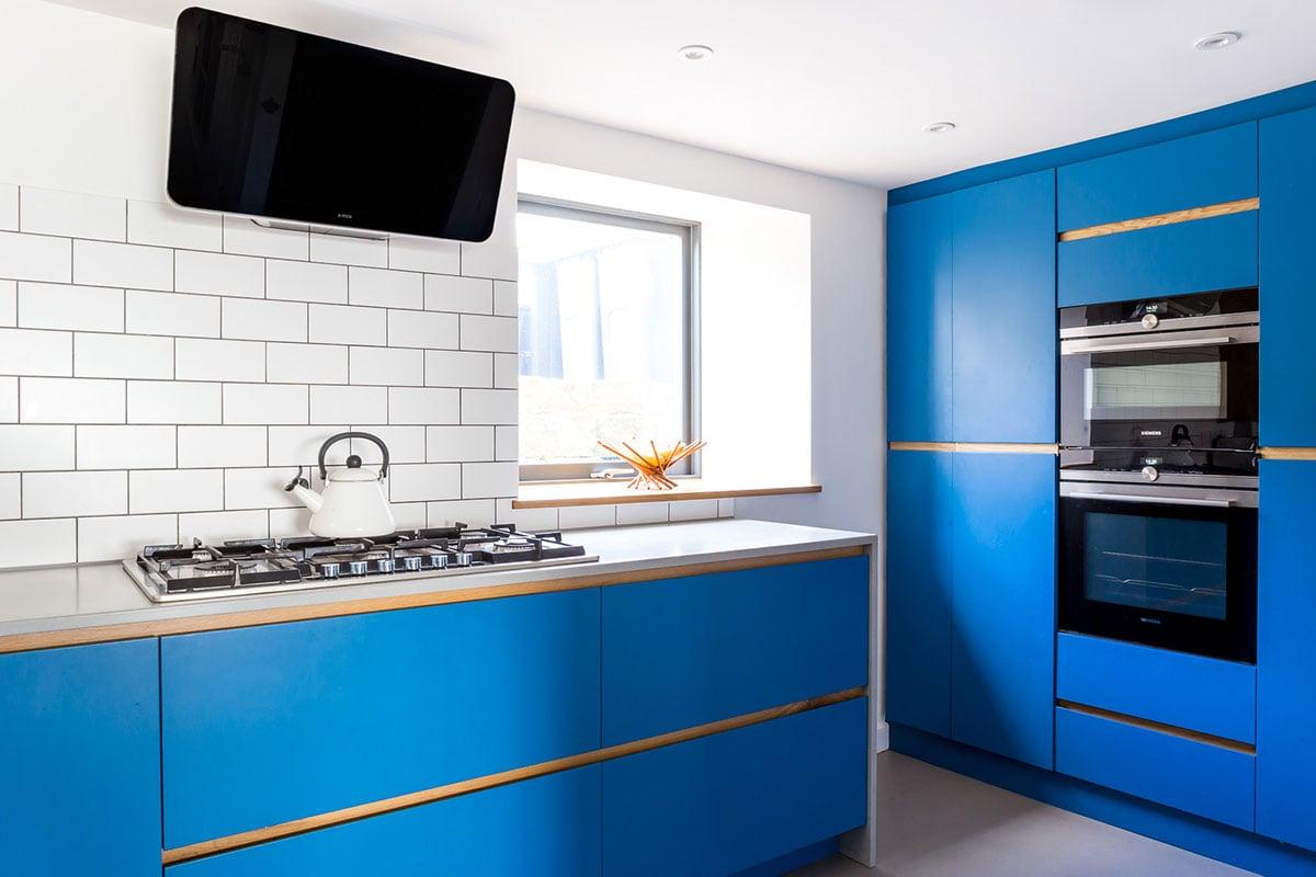 color-blu-elettrico-cucina