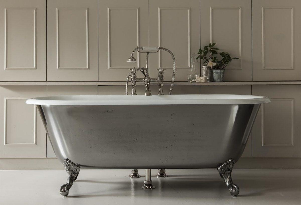 La zona relax ideale con una vasca da bagno freestanding for Vasca da bagno freestanding