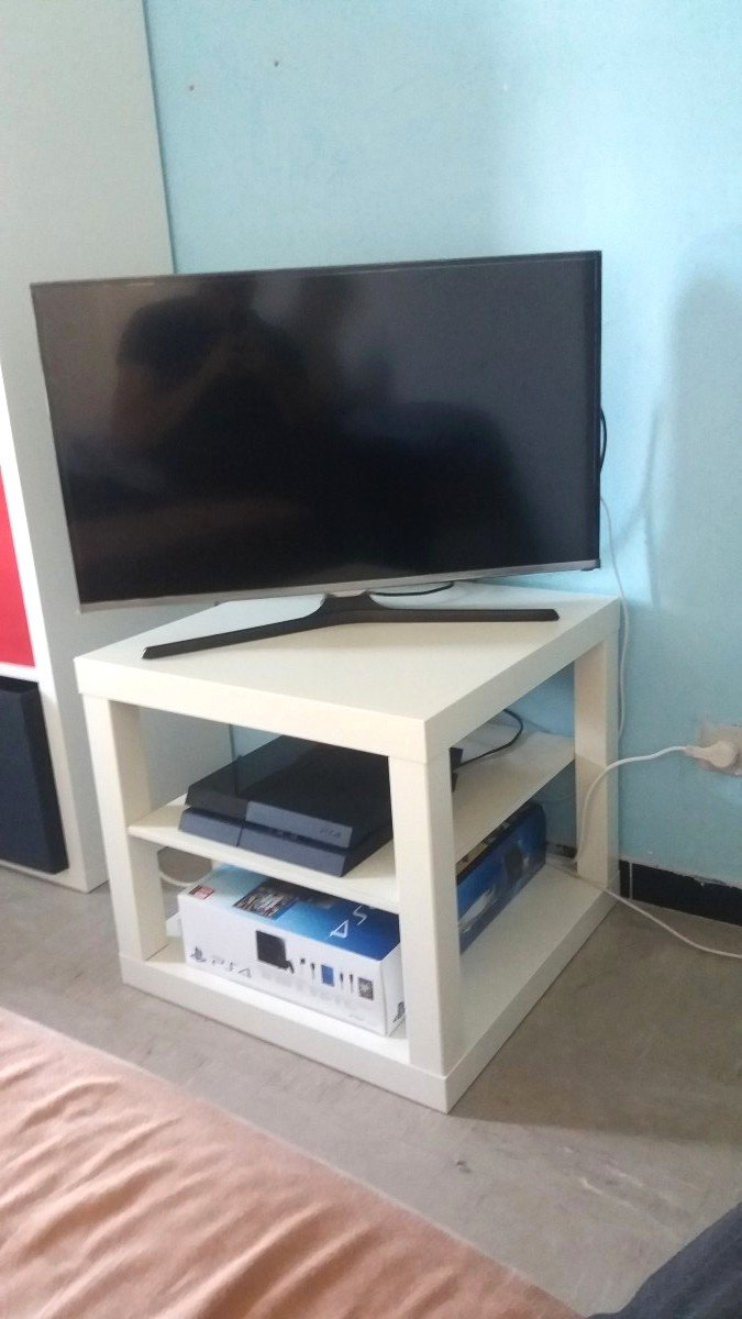 Supporto Tv Da Tavolo Ikea.Ikea Lack Hack Come Rinnovare Il Tavolino Piu Famoso Al Mondo