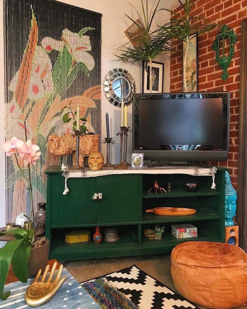 abbellire-parete-tv-bohemian