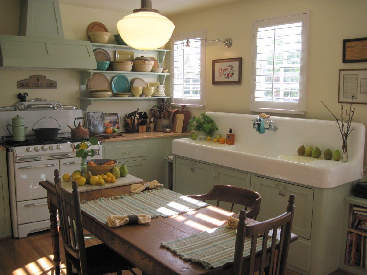 Abbellire rinnovare vecchia cucina: 10 idee low cost