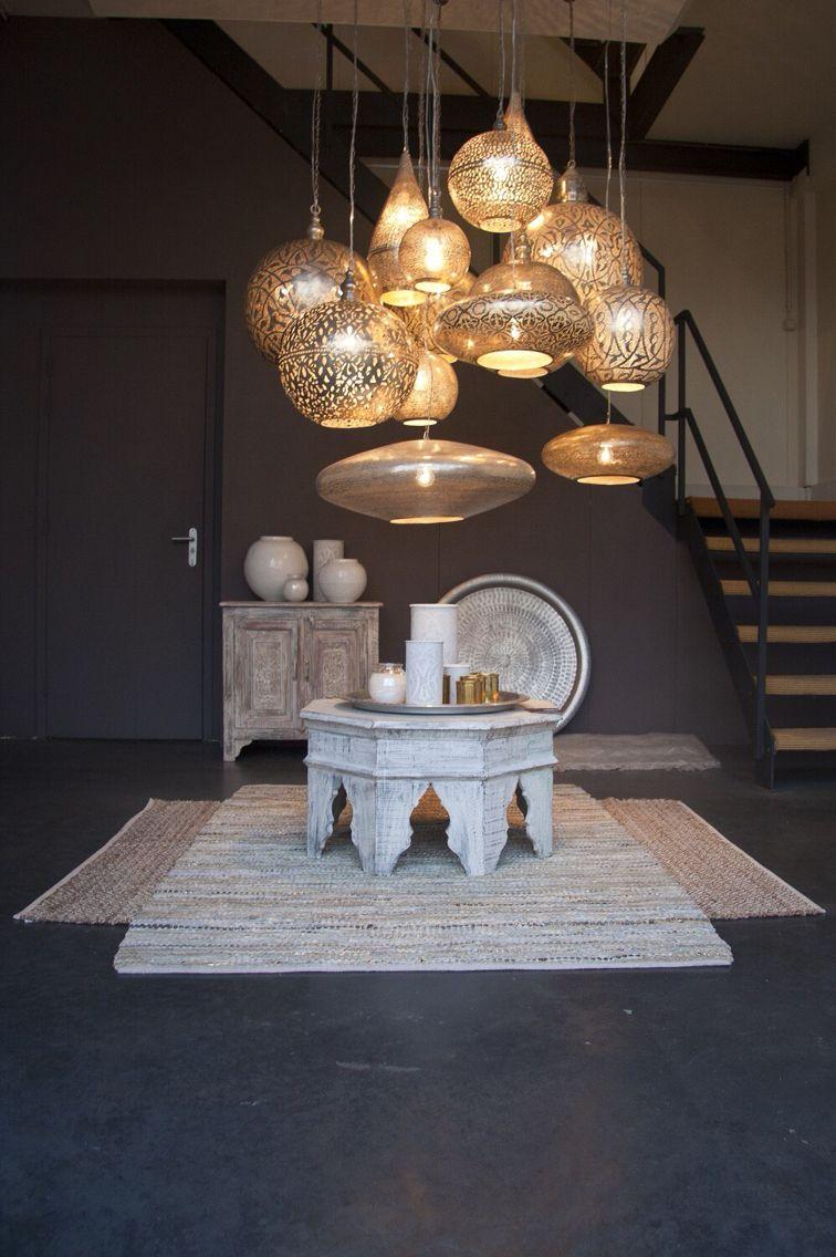 soggiorno-stile-etnico-illuminazione