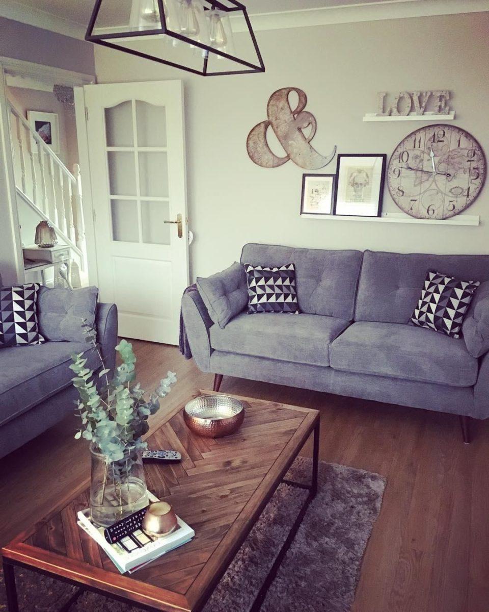 abbellire-soggiorno-piccolo-lampadario