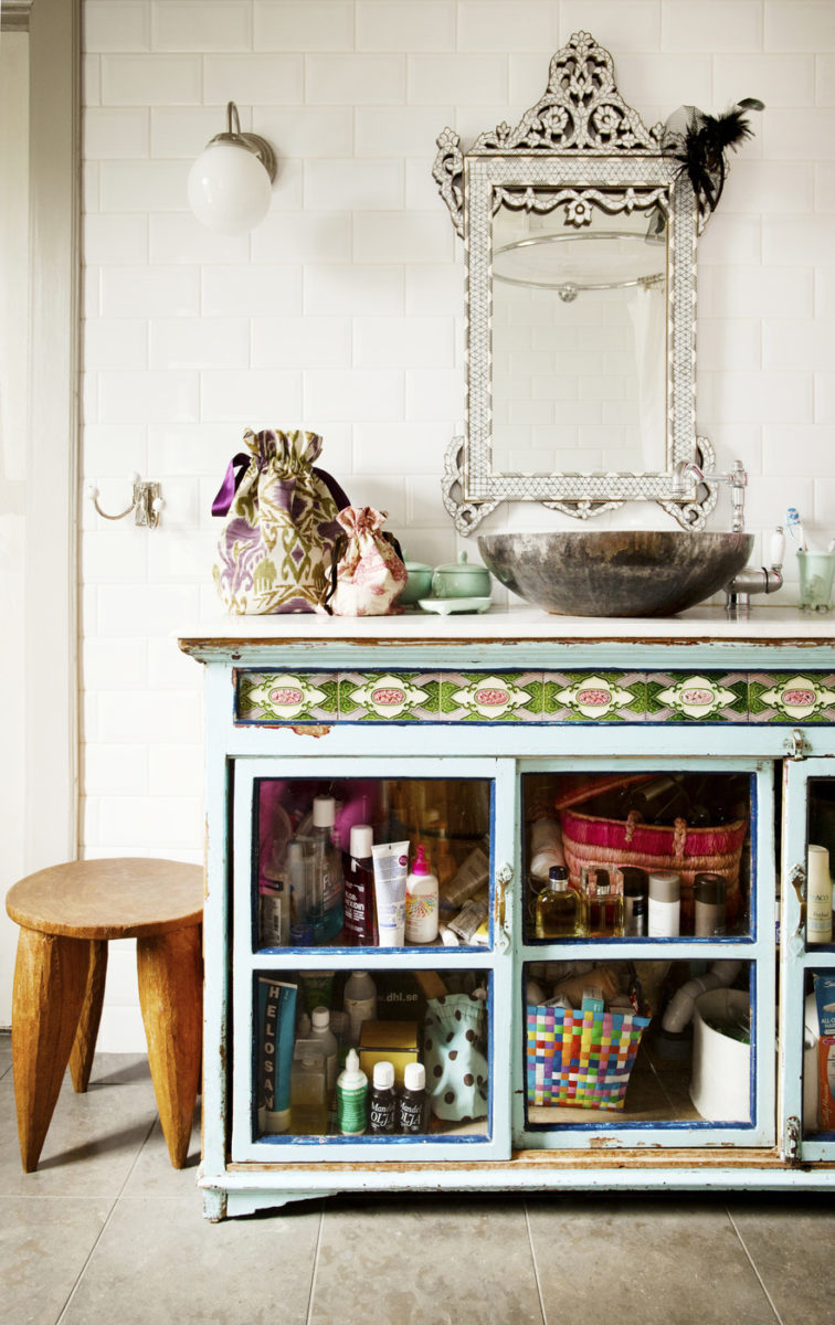 bagno-stile-bohemien-mobili-armadio
