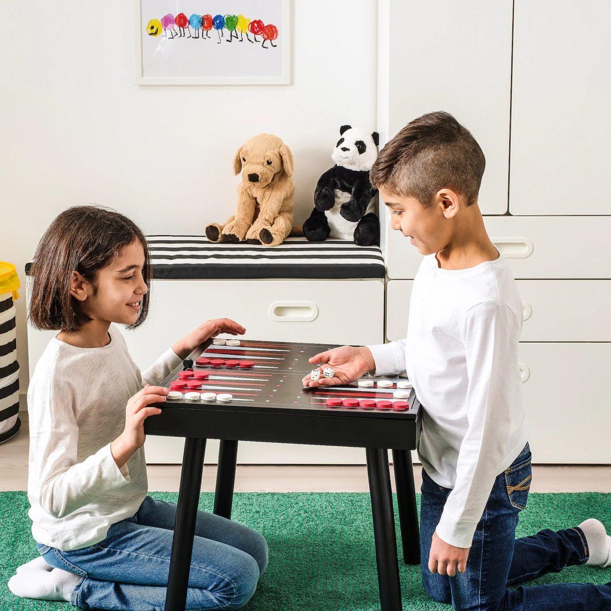 collezione-ikea-varmer-tavolo-gioco