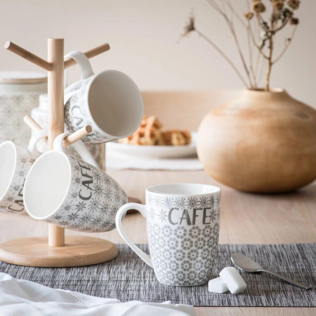 maisons-du-monde-natale-2019-collezione-natural-christmas-mug-in-porcellana
