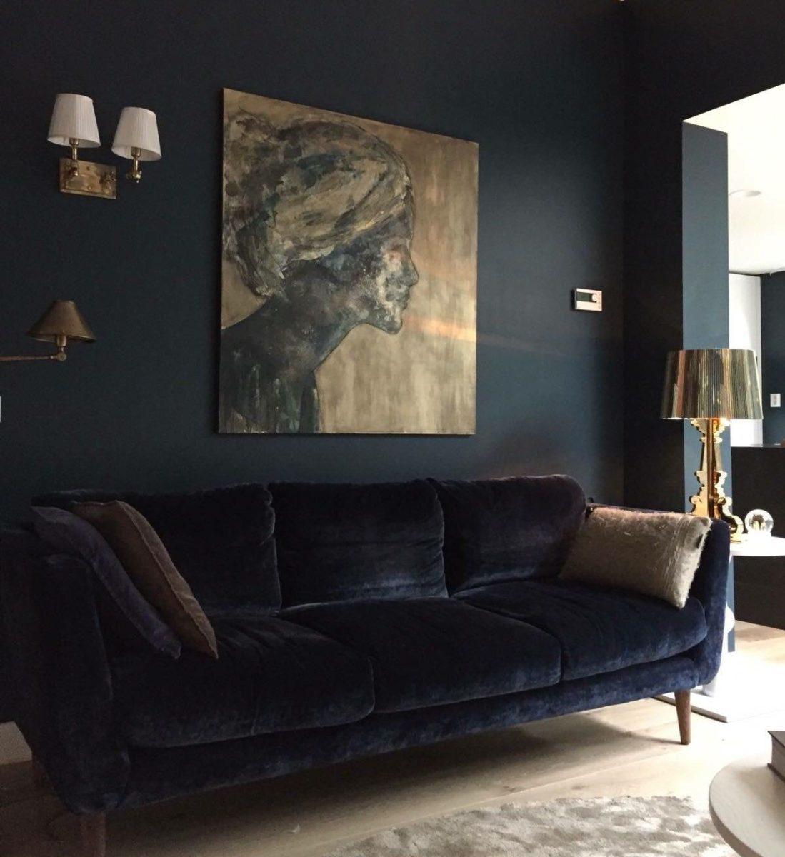soggiorno-total-black-abbinamento-blu
