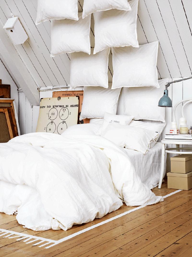 testata-letto-originale-cuscini