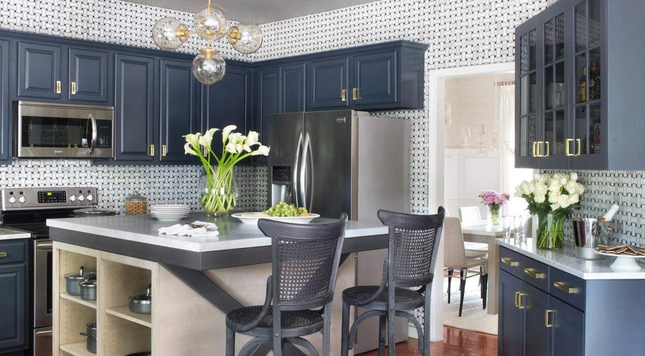 blu-mirtillo-cucina-mobili-classica