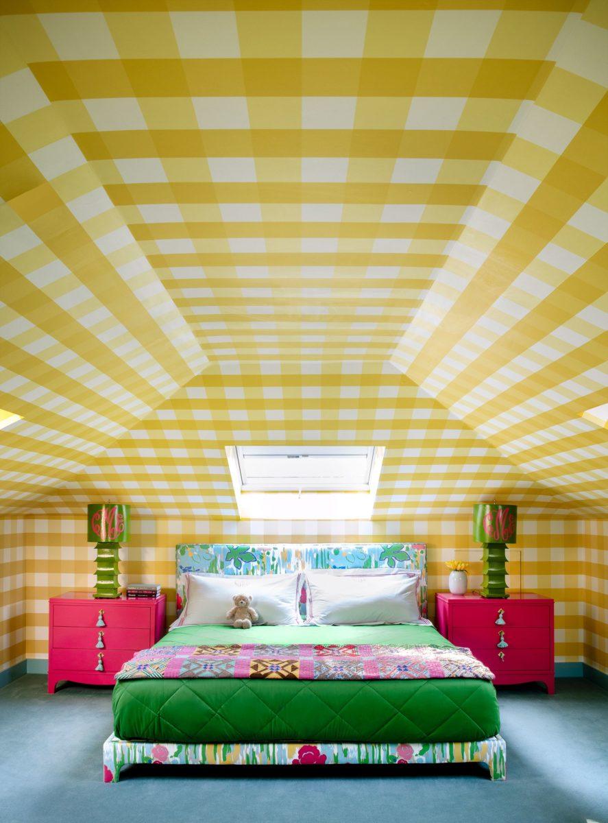 colore-ambra-camera-letto-soffitto