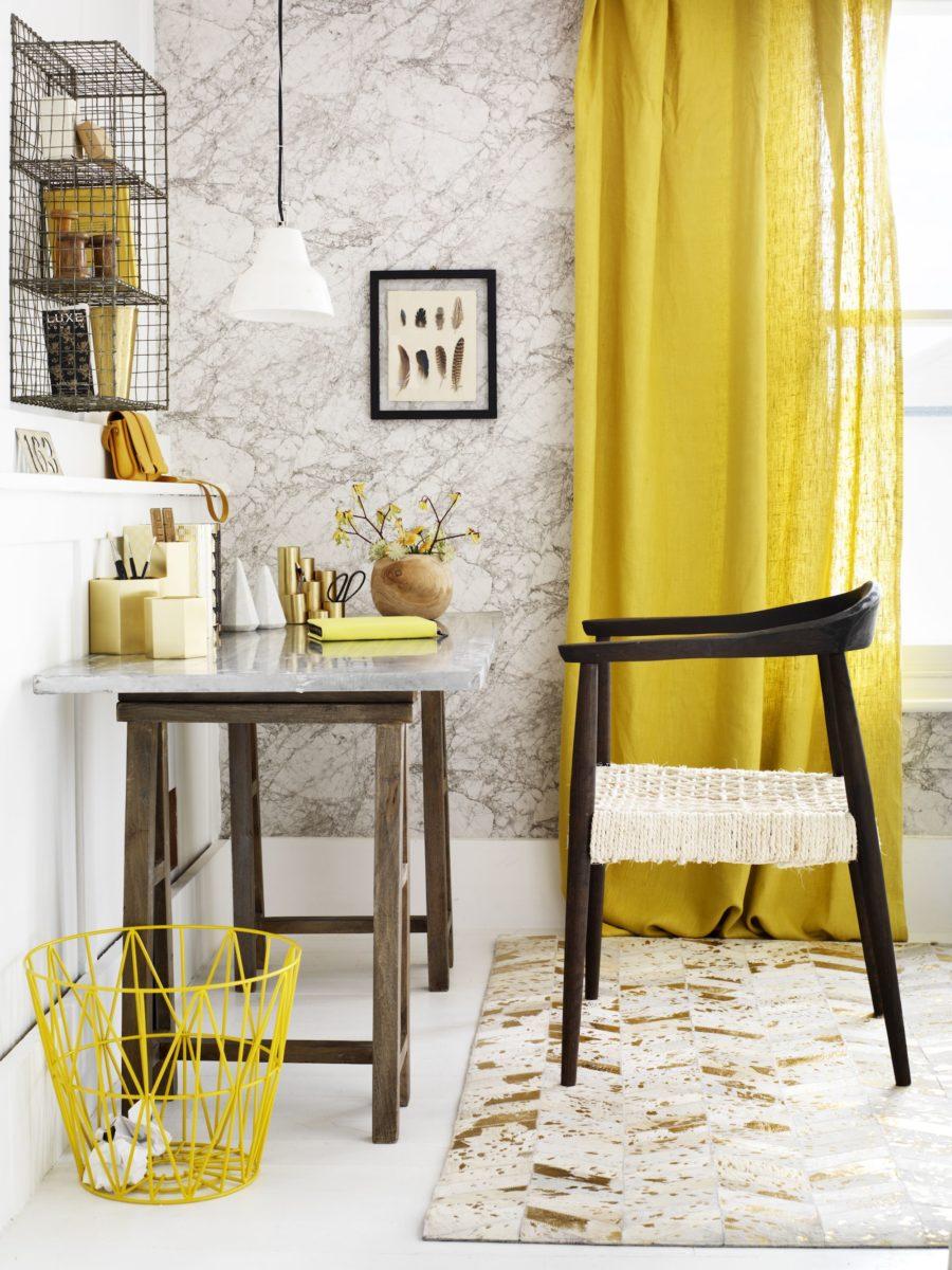 colore-ambra-soggiorno-angolo