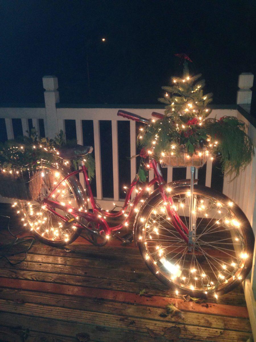 decorazione-natalizia-bici-illuminazione
