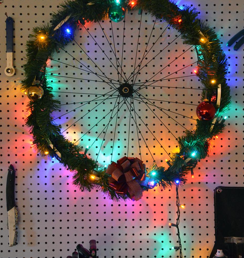 decorazione-natalizia-bici-officina
