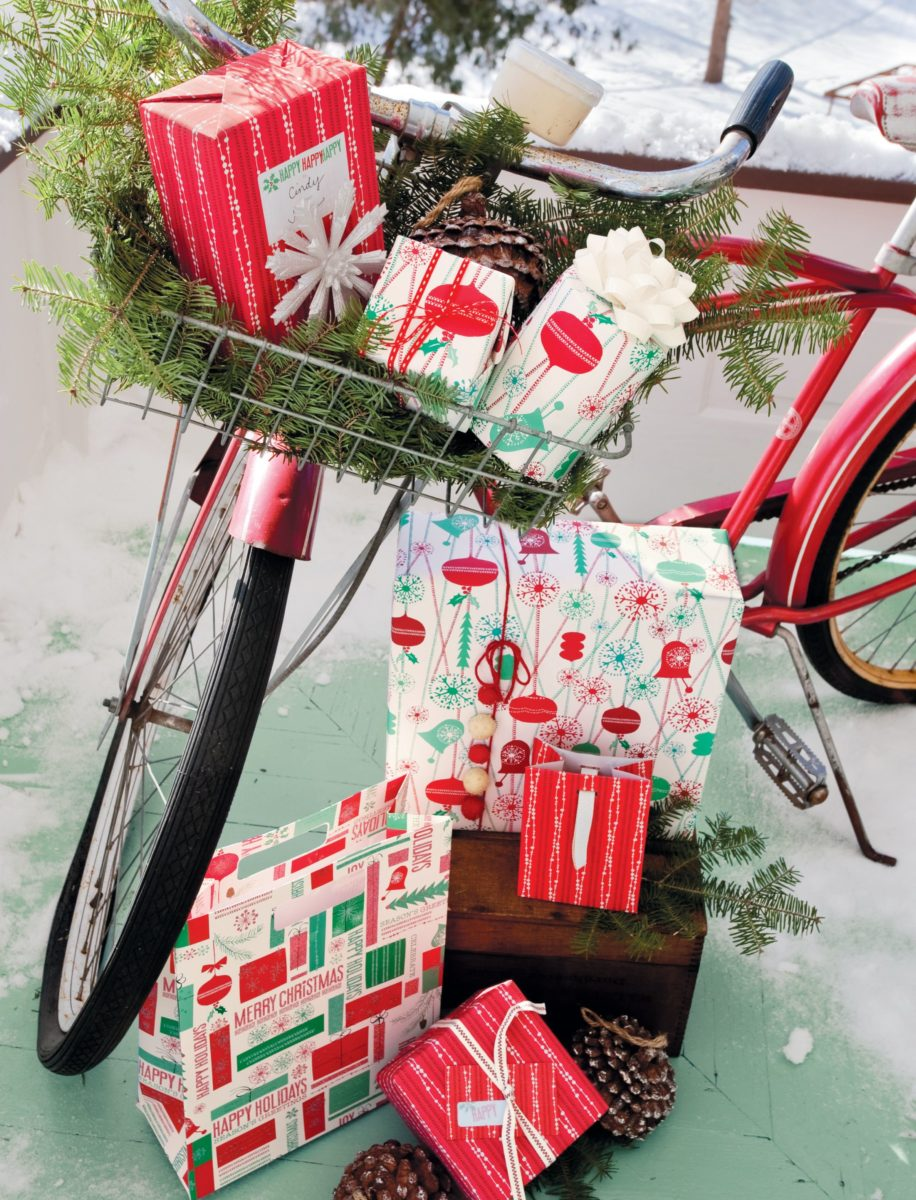 decorazione-natalizia-bici-regali
