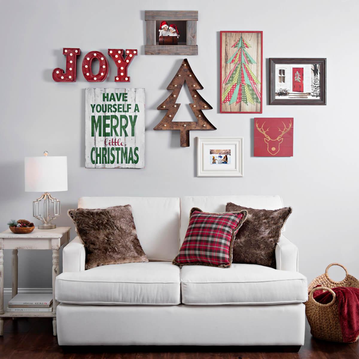 decorazioni-natalizie-divano-abbellire