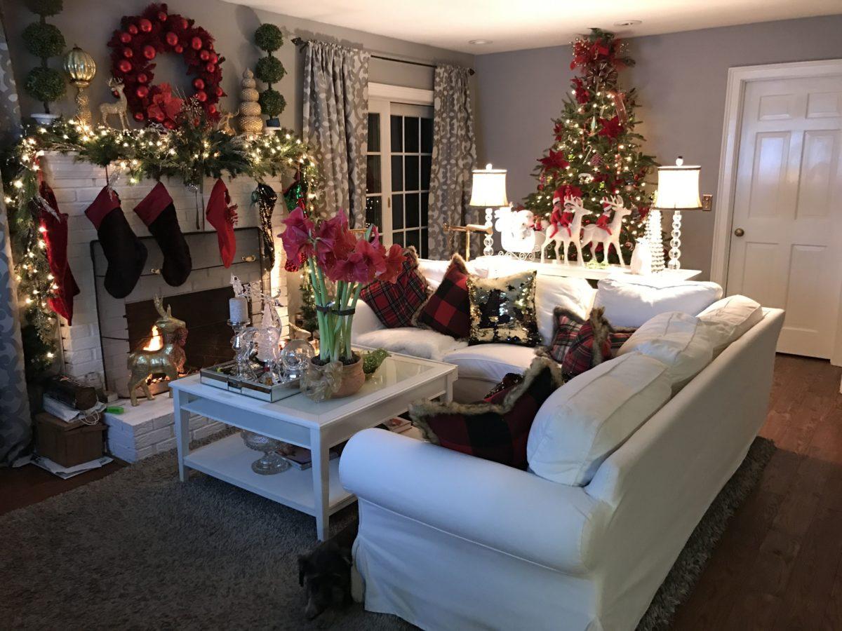 decorazioni-natalizie-divano-rivestimento