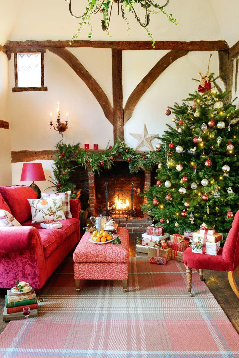 decorazioni-natalizie-divano-velluto
