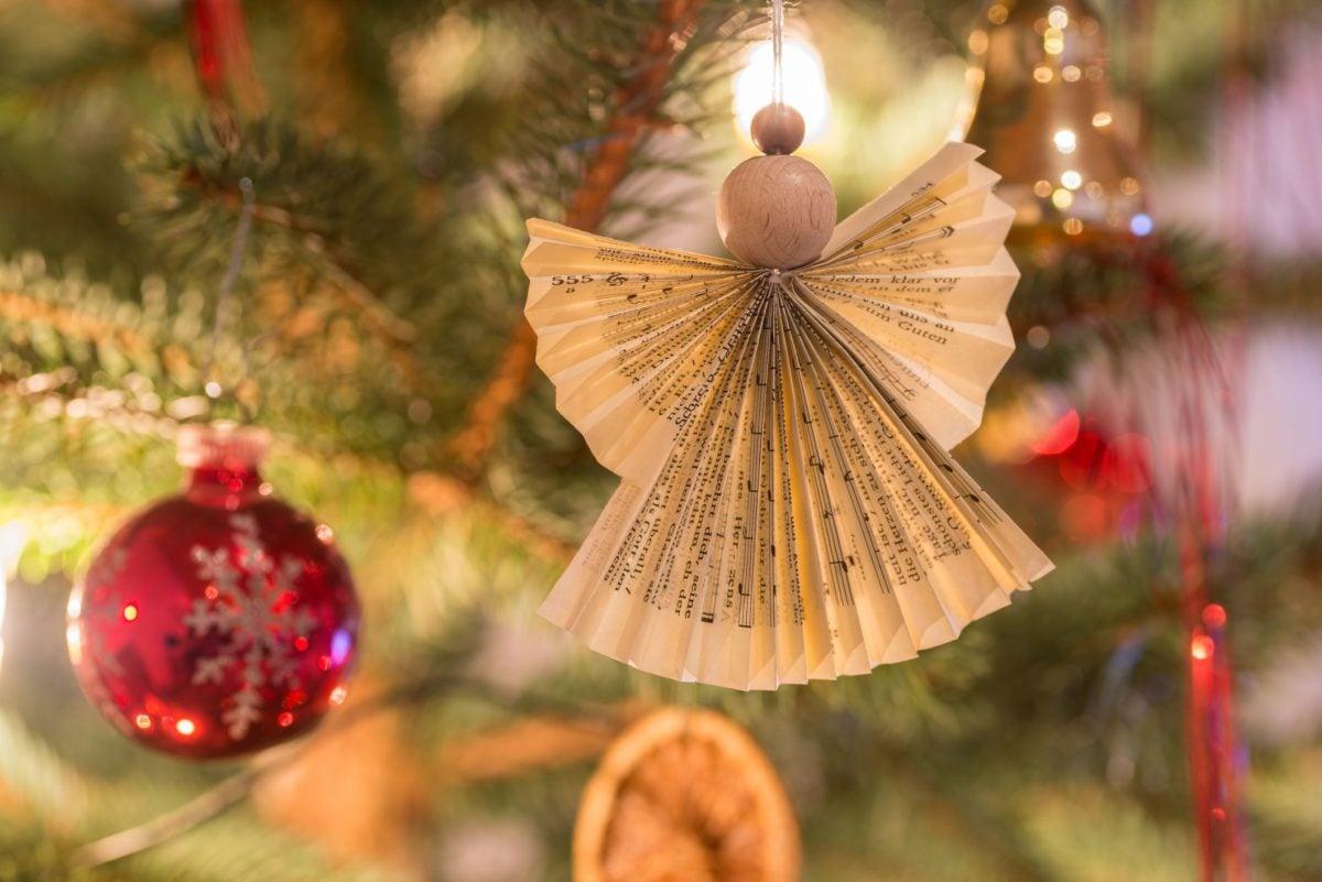 decorazioni-natalizie-ecologiche-angioletto-carta