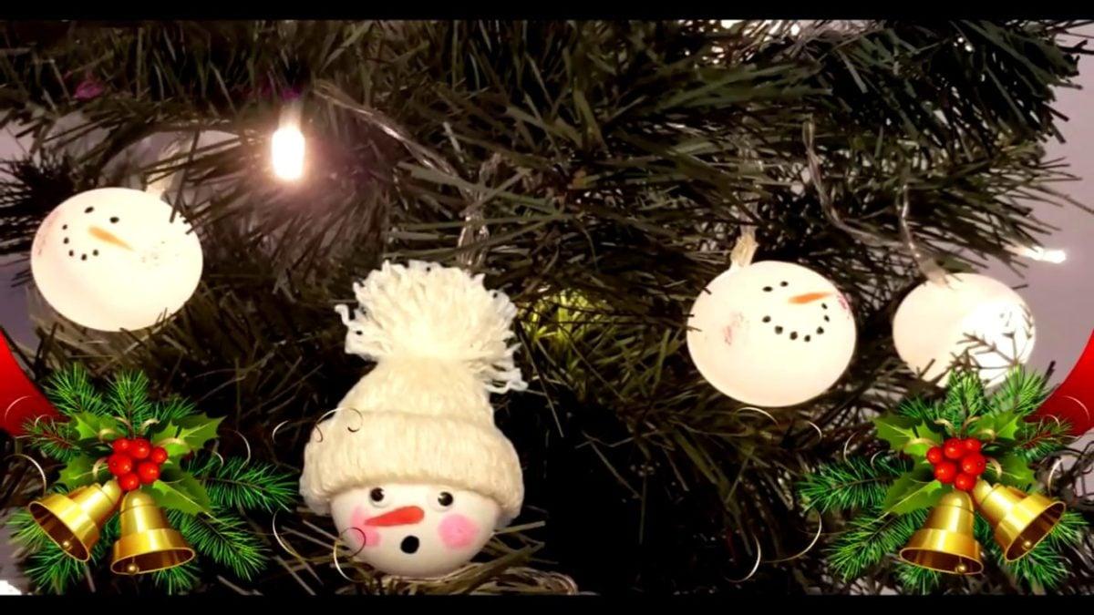 decorazioni-natalizie-ecologiche-pallina-ping-pong