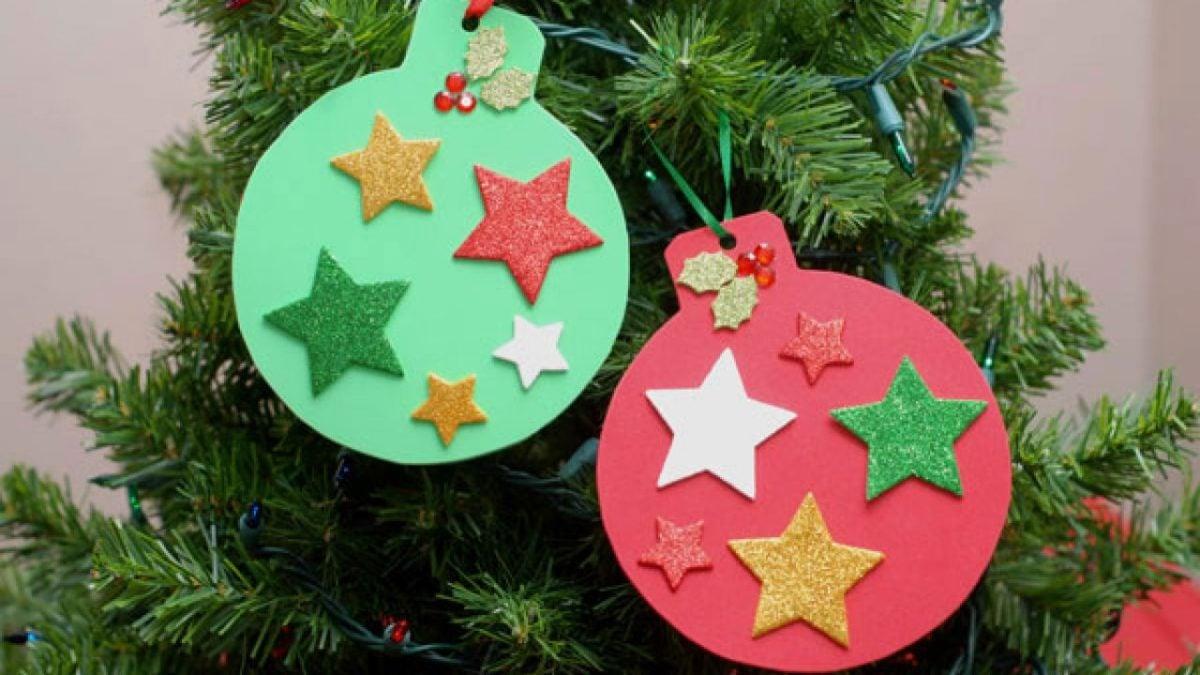 decorazioni-natalizie-ecologiche-palline-albero-carta
