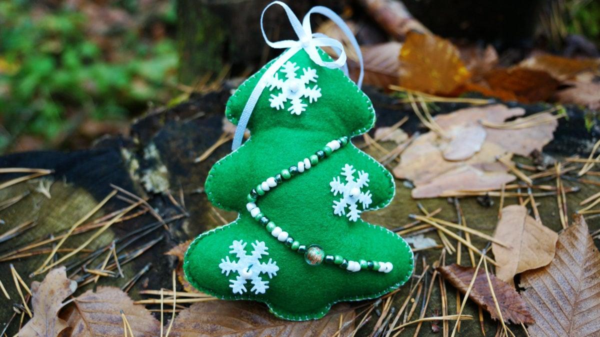 decorazioni-natalizie-pannolenci-albero-verde
