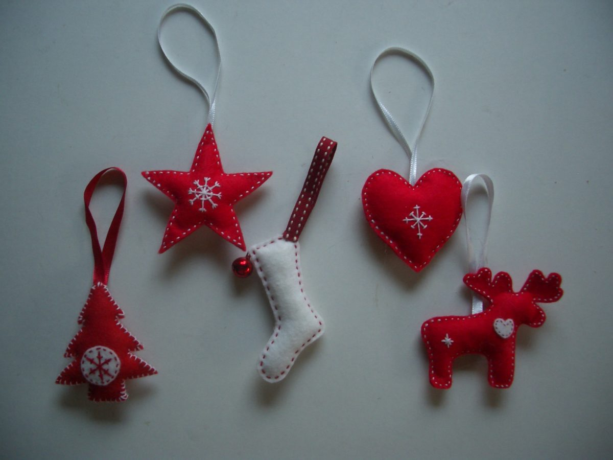 decorazioni-natalizie-pannolenci-scandinave