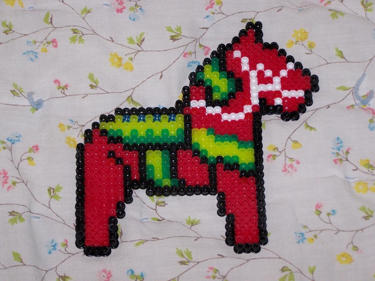 decorazioni-natalizie-pyssla-cavallino