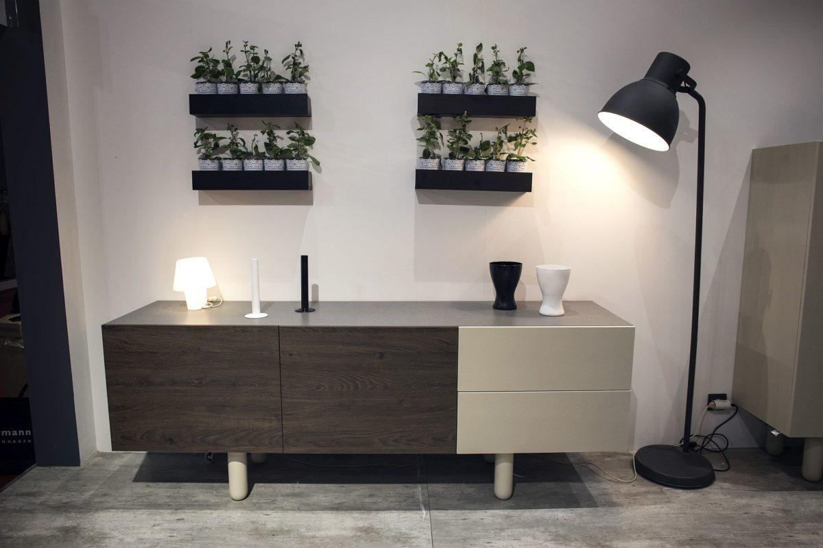 illuminazione-stile-scandinavo-lampada-pavimento-minimal