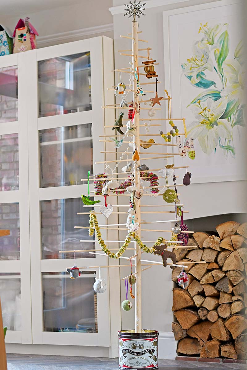 albero-natale-scandinavo-riciclo-creativo